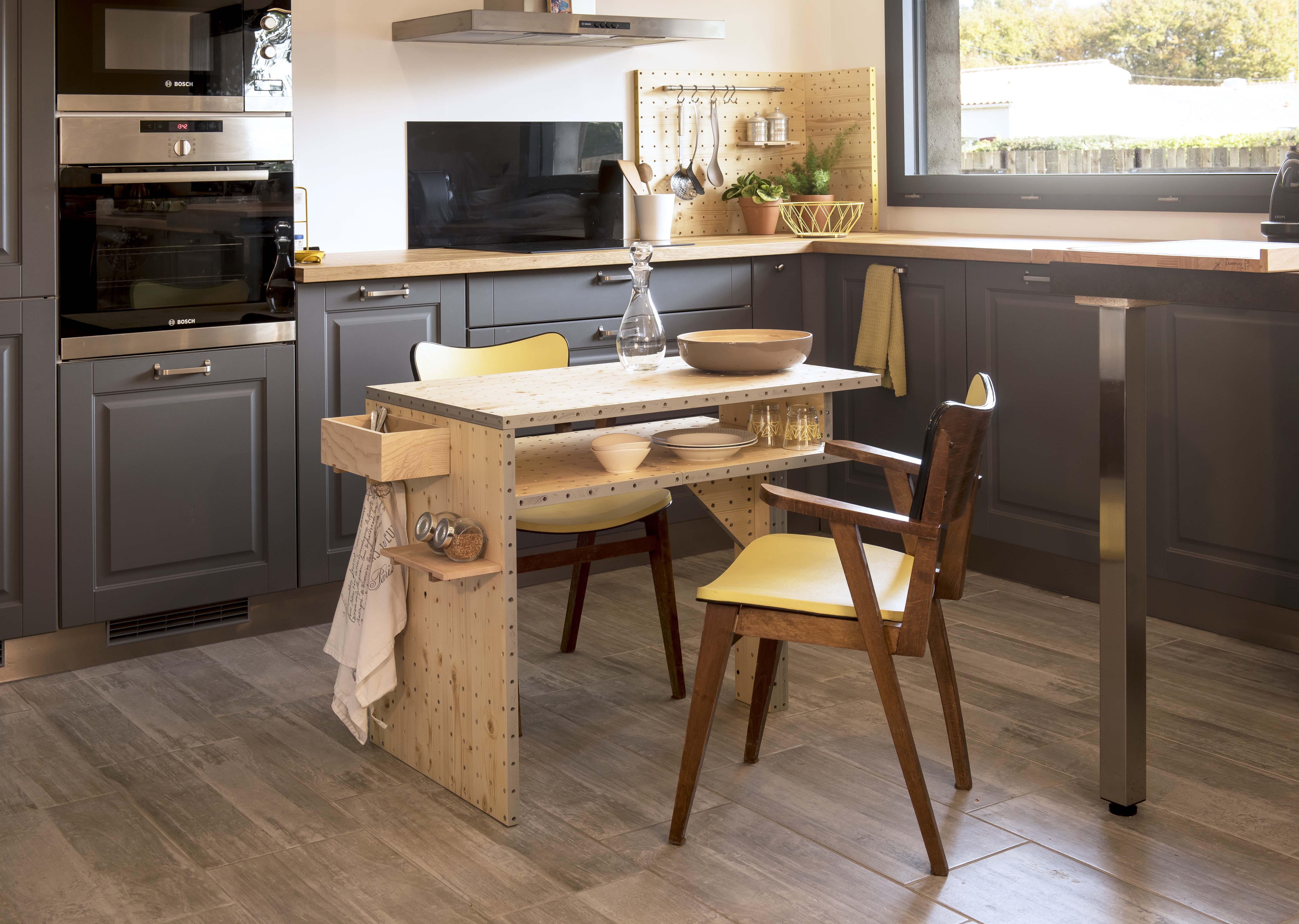 atelier du meuble vertou montagexen kit tabouret publi uvertou coiffeursu maisons les. Black Bedroom Furniture Sets. Home Design Ideas